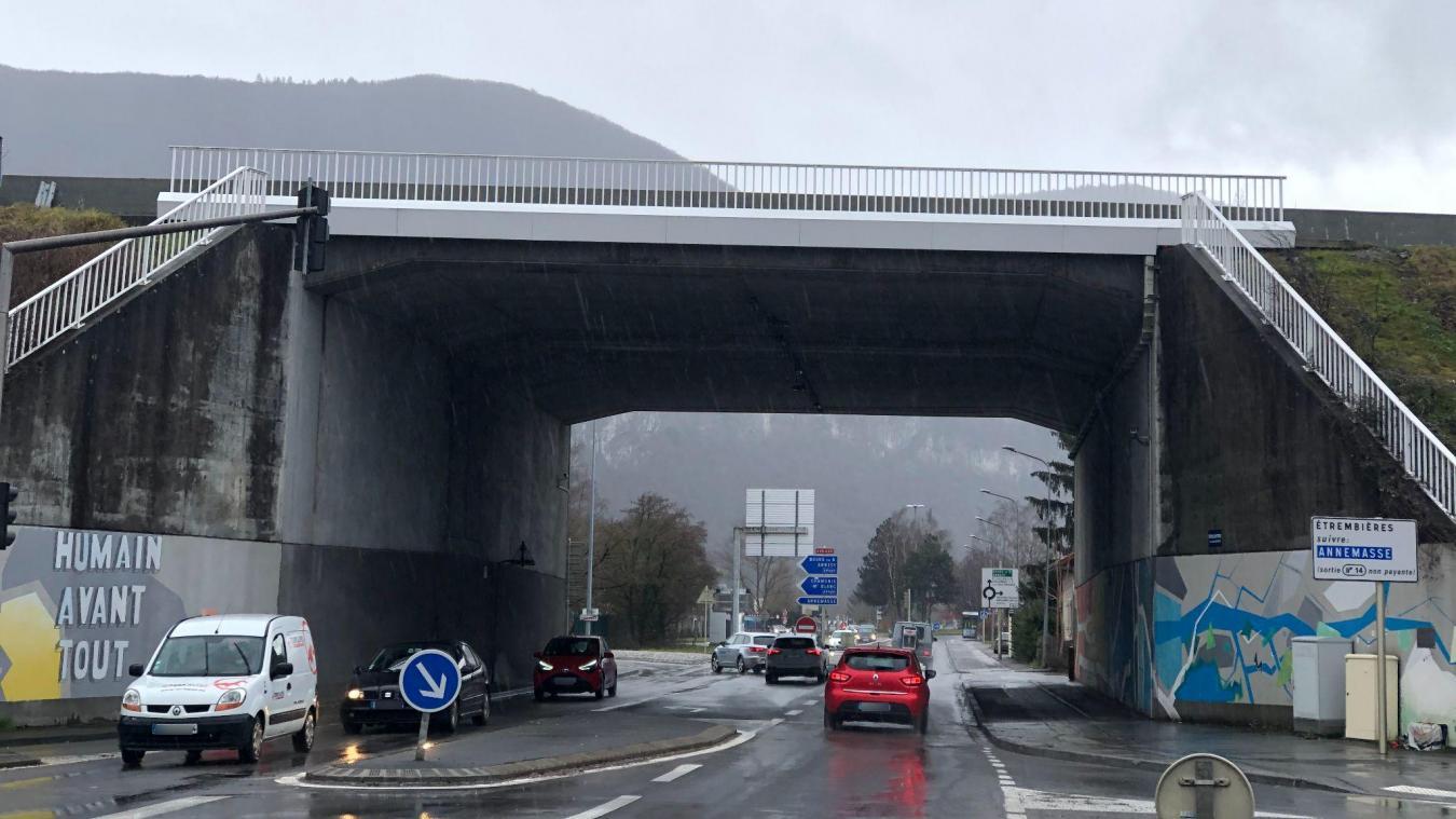 La rue de l'industrie à Gaillard et sa liaison avec l'A411 doivent être fluidifiés par d'importants travaux dans les années à venir.
