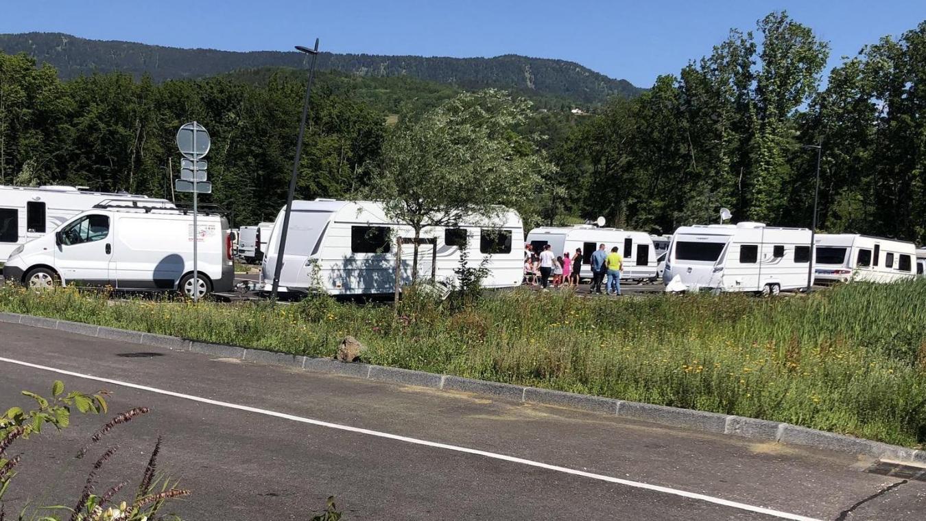 Agglomération d'Annemasse: les gens du voyage installés sur le P+R Altéa mis en demeure de quitter les lieux