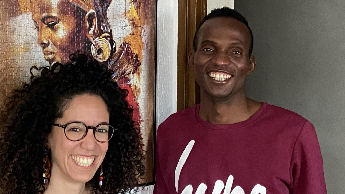 «Sidiki, c'est mon petit frère d'adoption» confie Meliya, qui l'héberge.