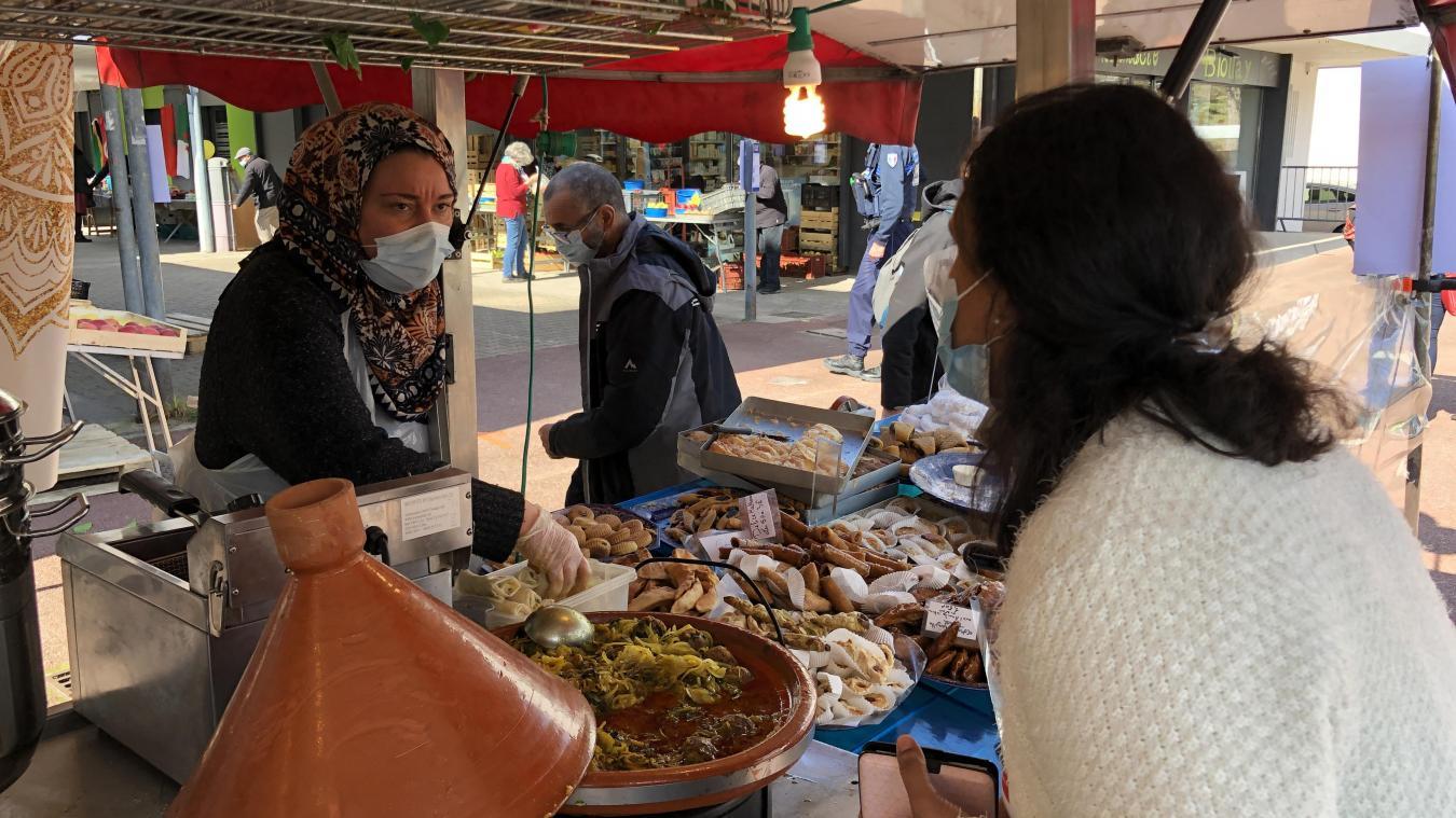 Déjà présents sur les marchés de Chambéry le week-end, Ahmed et Ilhem ont pris le pari de participer à la redynamisation du marché du Biollay.