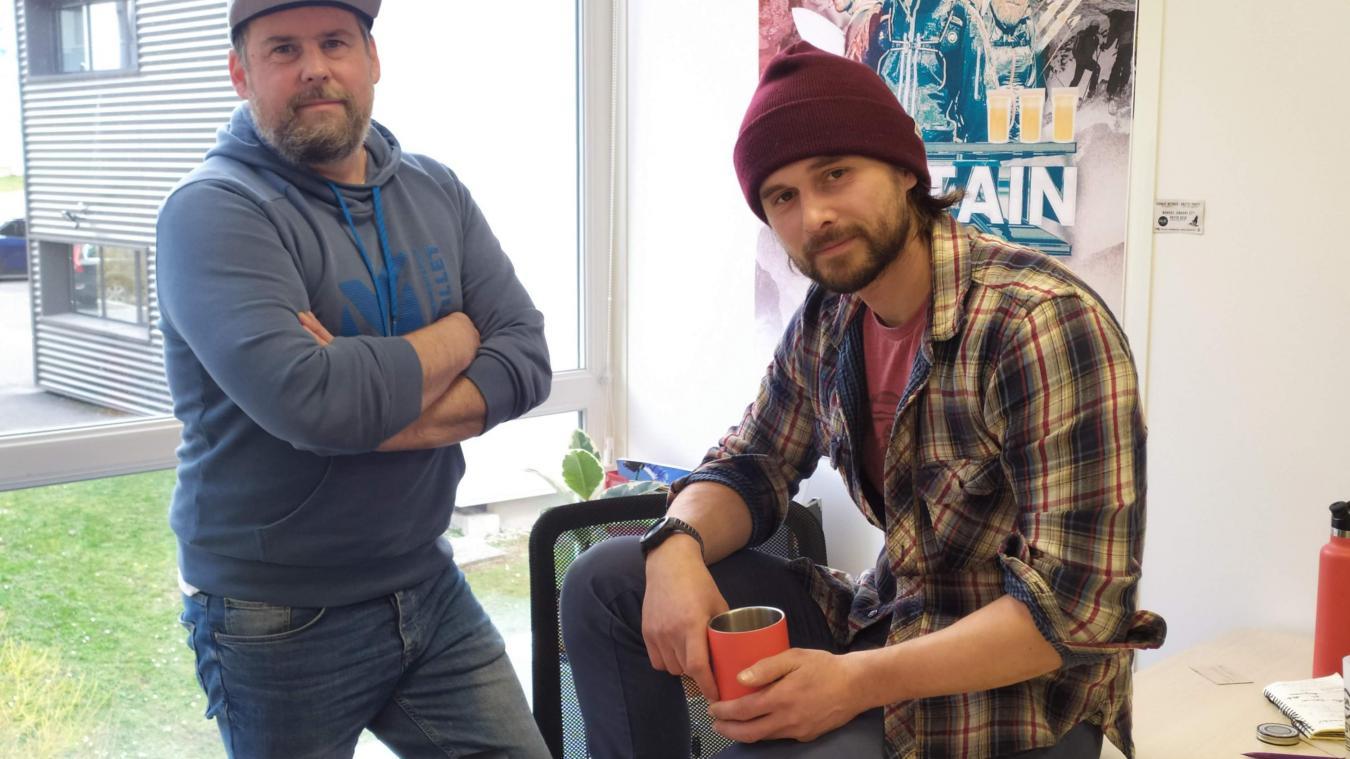 Guillaume Noël, à droite, et Axel Becouze, à gauche, dirigent la société Captain Wild.