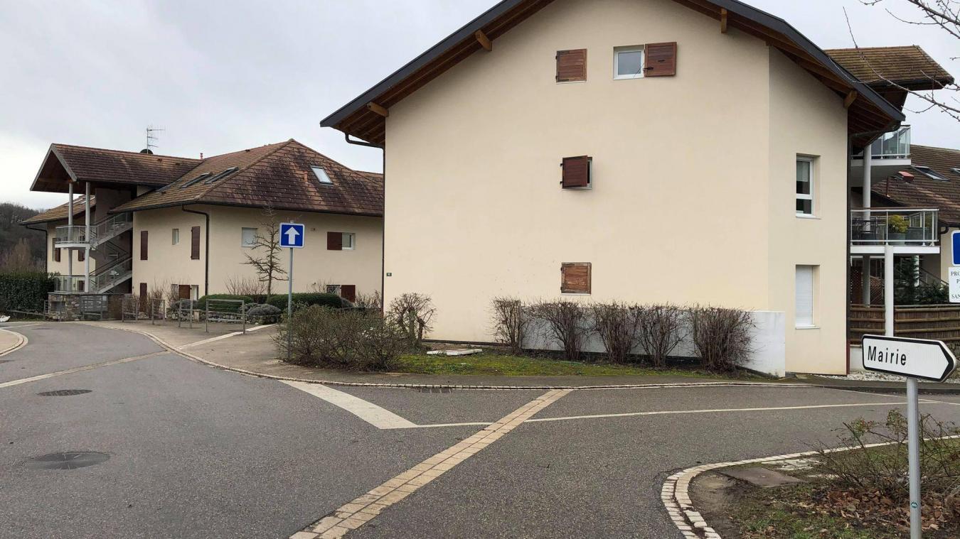 La mairie de Juvigny va reloger une septuagénaire victime du sinistre.