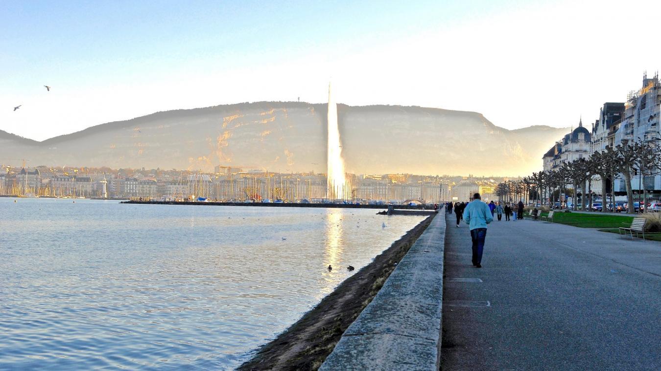 A Genève, le gravier de la plage des Eaux-vives est issu de Bellegarde. La terre végétale provient des Communaux d'Ambilly, les remblais du parc de proches chantiers. Le quai Wilson, lui, attend son lieu de baignade. ©DRK