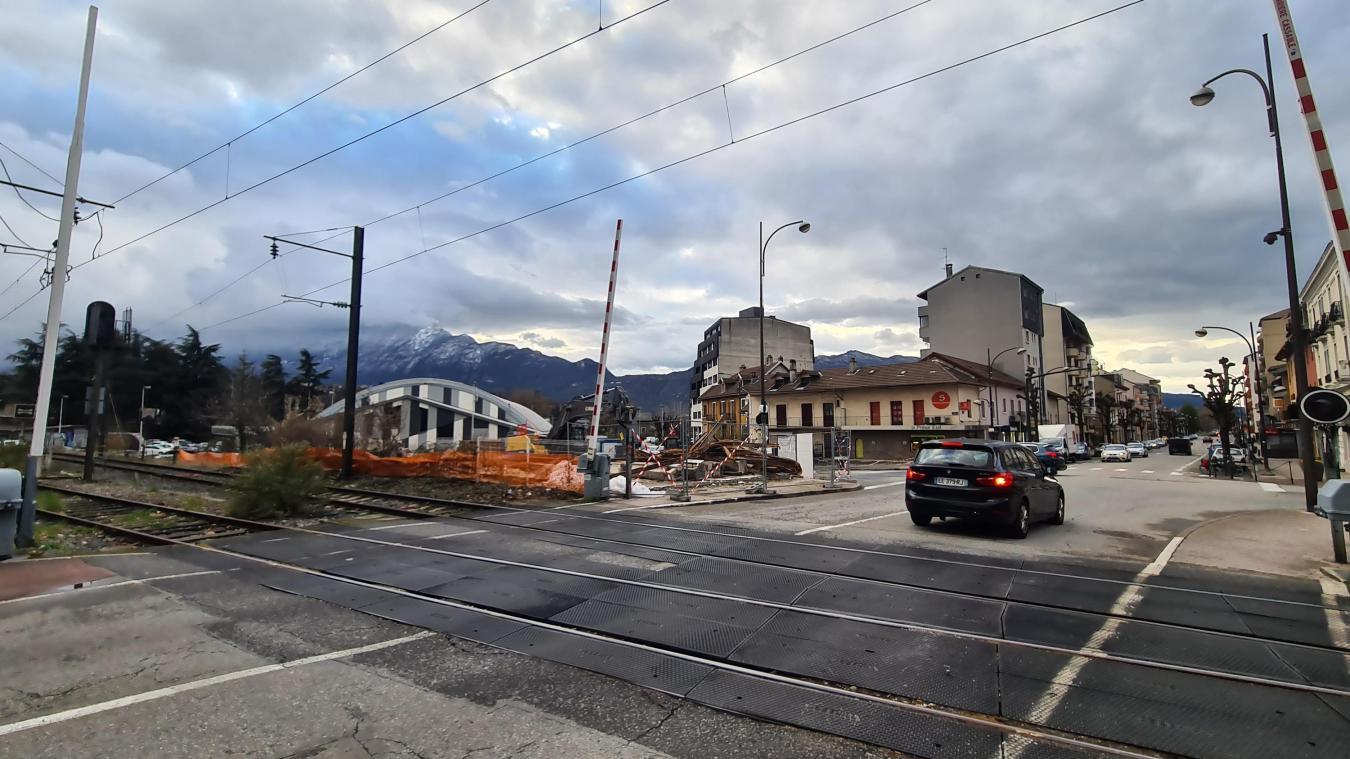 L'avenue de Tresserve a changé de visage avec cette démolition.