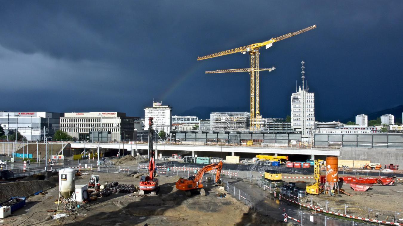 Dans le canton de Genève, les constructions vont bon train, notamment le long du tracé du Léman Express.