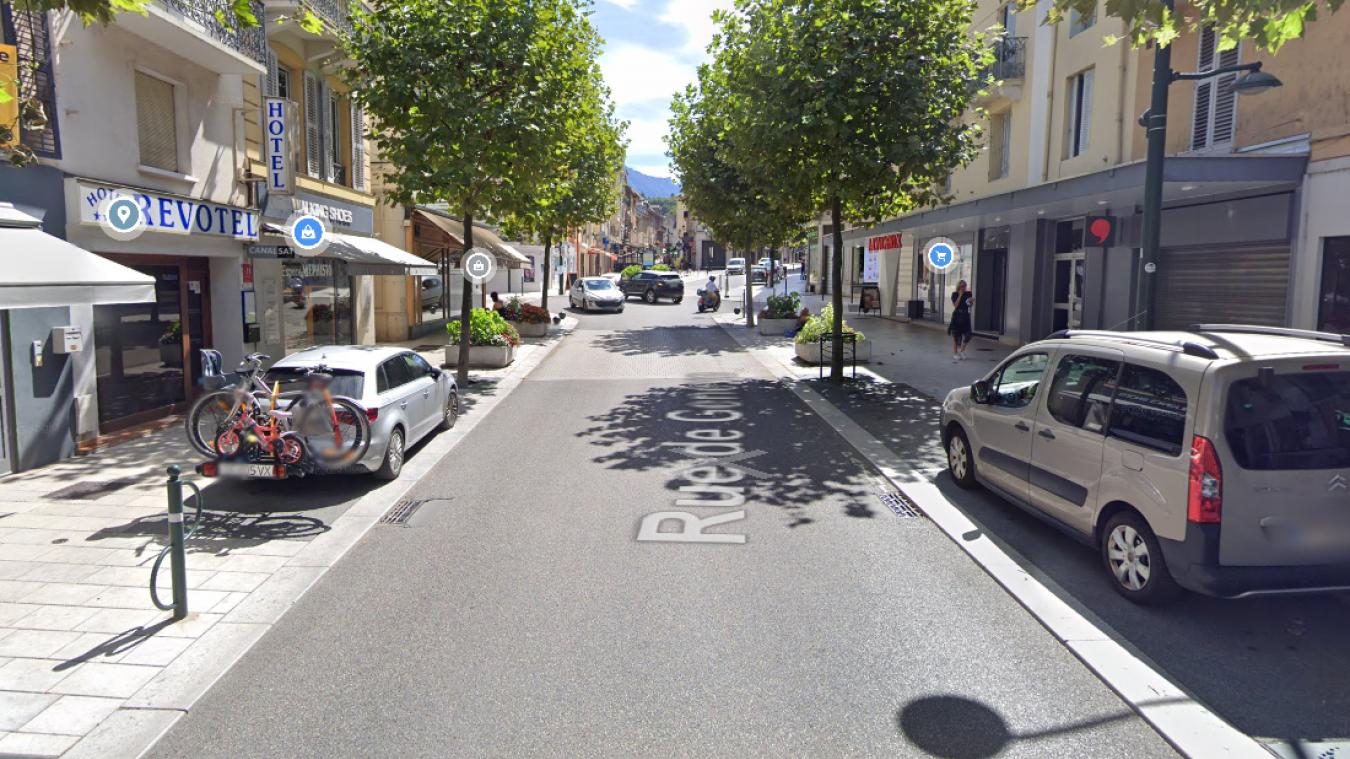 L'interpellation musclée a eu lieu rue de Genève à Aix-les-Bains.