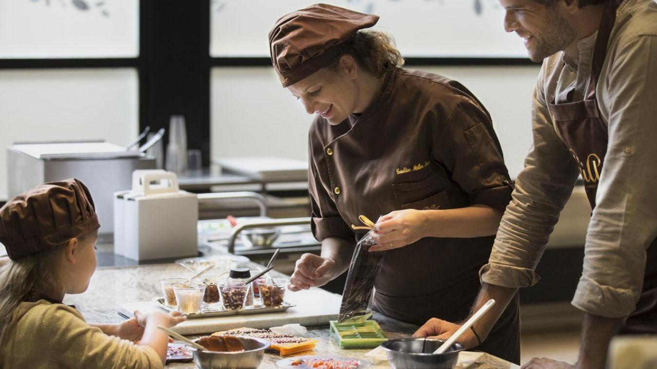 En 2020, ce sont près de 180 000 tonnes de chocolat que nos voisins suisses ont produites.