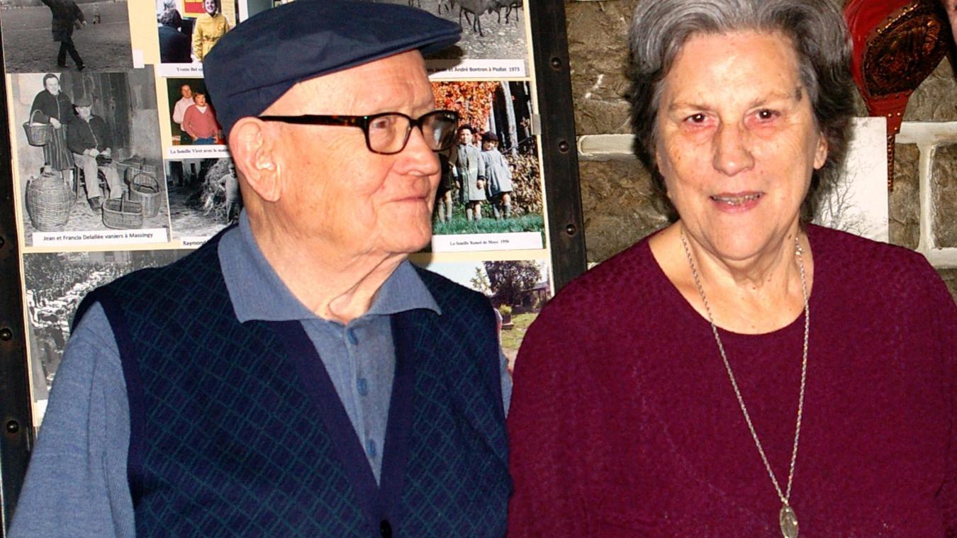 Avec le soutien de son épouse Bernadette, Henry Tracol a offert un témoignage précieux de la vie locale.