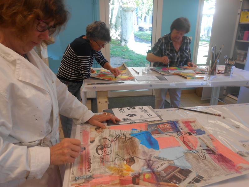 A l'atelier, pas de contraintes, chacun laisse libre cours à son inspiration sur le sujet donné.