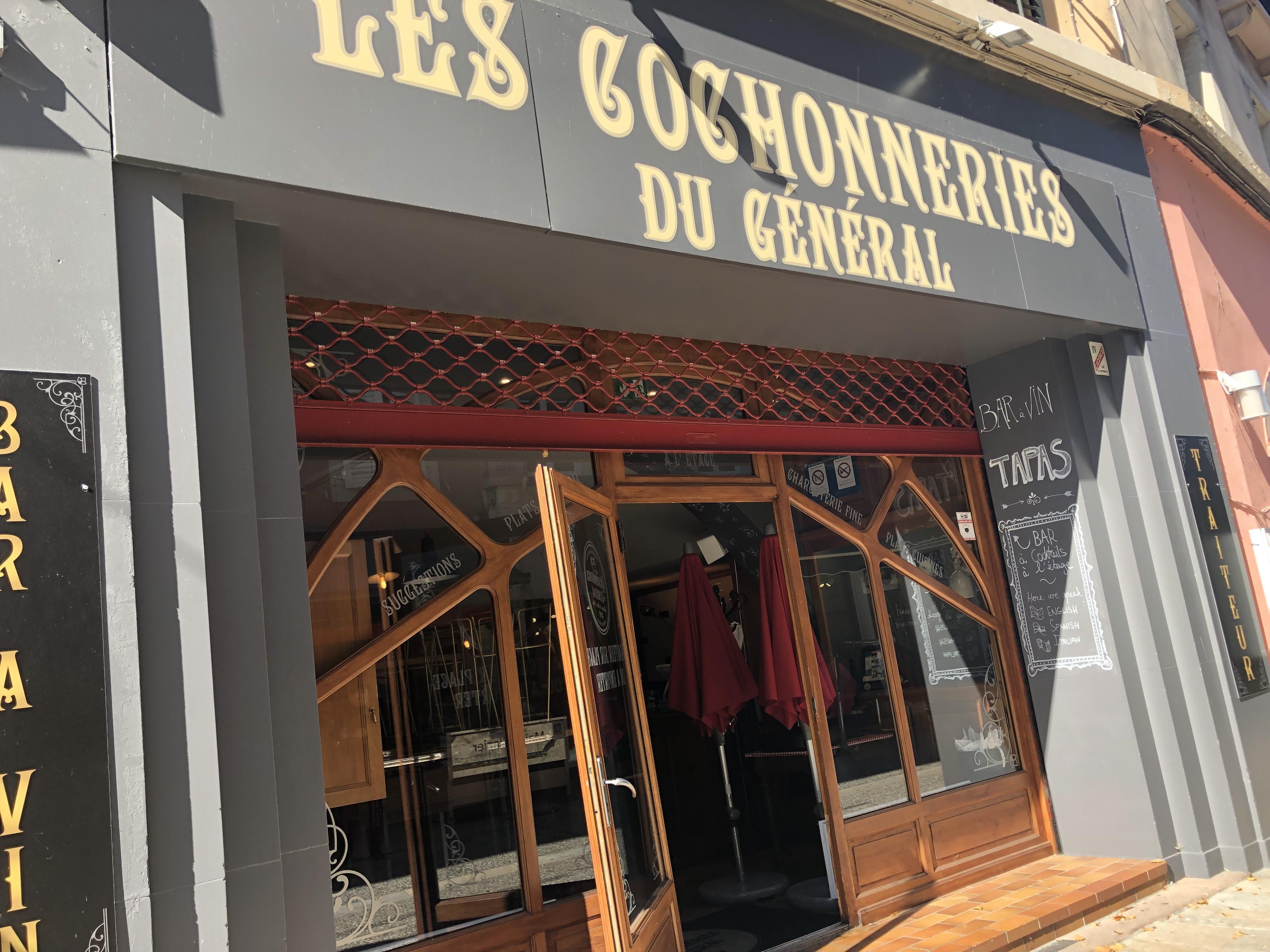 L'explosion est survenue dans la cuisine des Cochonneries du Général, dans le centre-ville de Thonon-les-Bains.