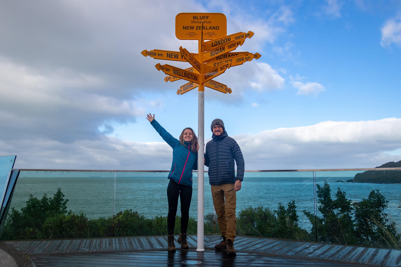 Bluff est une ville portuaire de Nouvelle-Zélande située sur la côte sud de la région de Southland, sur l'île du Sud.
