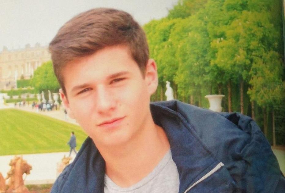 Thomas Rauschkolb a été retrouvé mort le 28 décembre 2015, sur les berges de la rivière le Sierroz, non loin d'une discothèque de Grésy-sur-Aix où il avait passé la soirée.