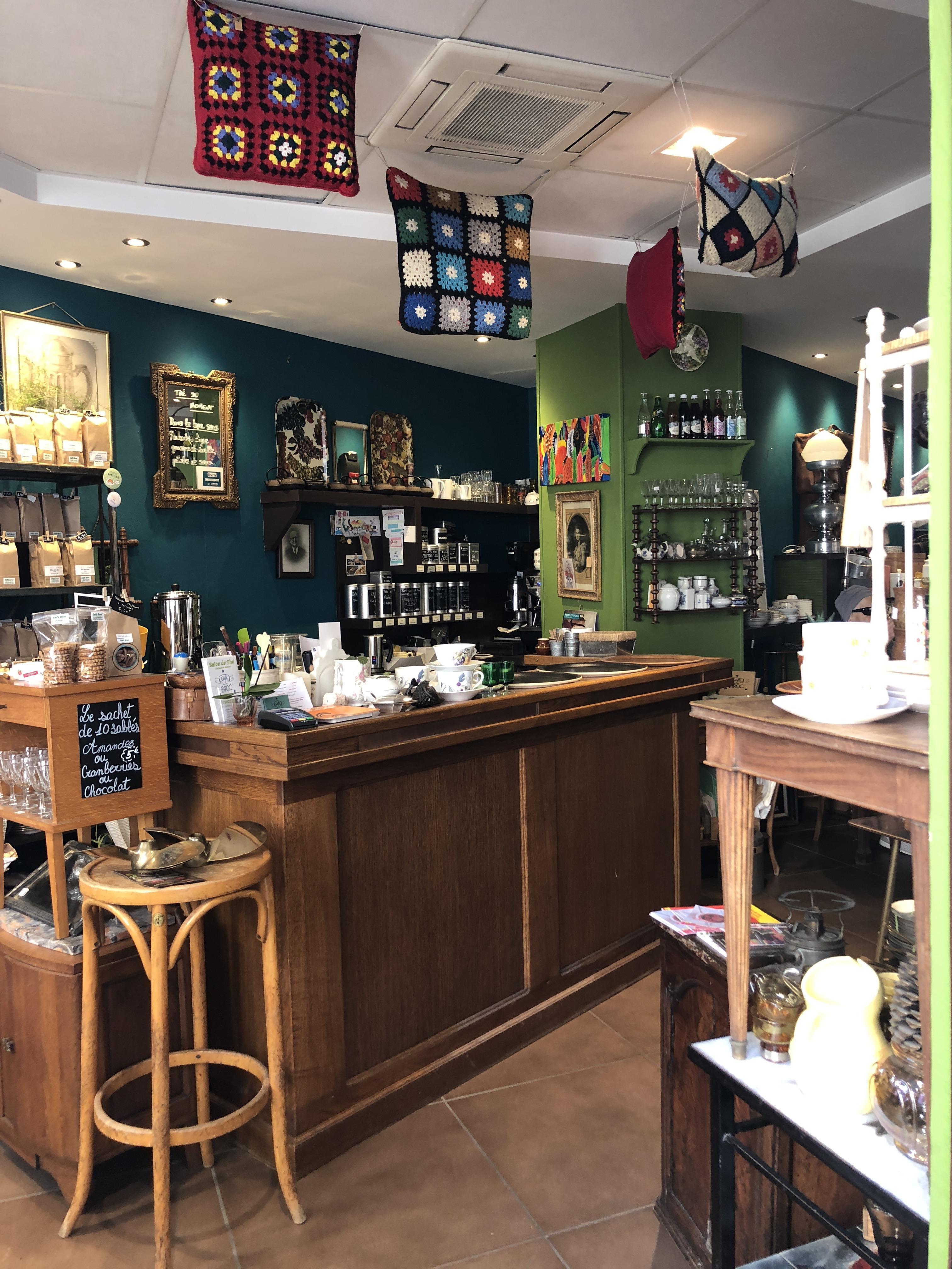 Même le bar a été chiné au marché aux puces de Villeurbanne.