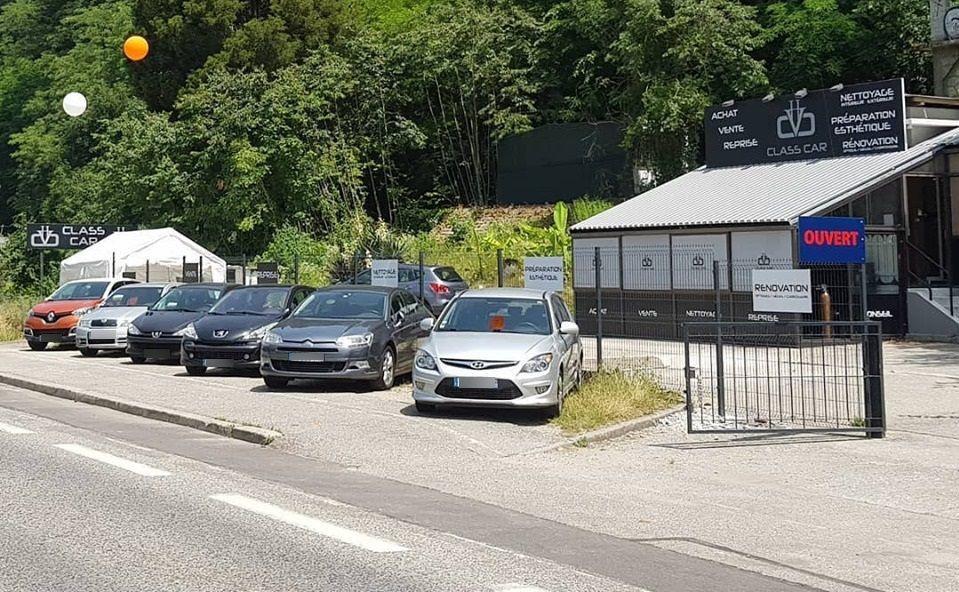 Les faits présumés se seraient produits dans les locaux de l'entreprise Class Car à Tresserve. (photo Facebook / Class Car)