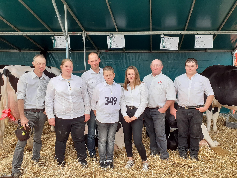 Les trois fermes gessiennes présentes au concours : Virginie Bossy de Péron, Gaex les Ouches de Divonne, et la ferme Grofillex de Gex : trois exposants gessiens au salon des jeunes agriculteurs.