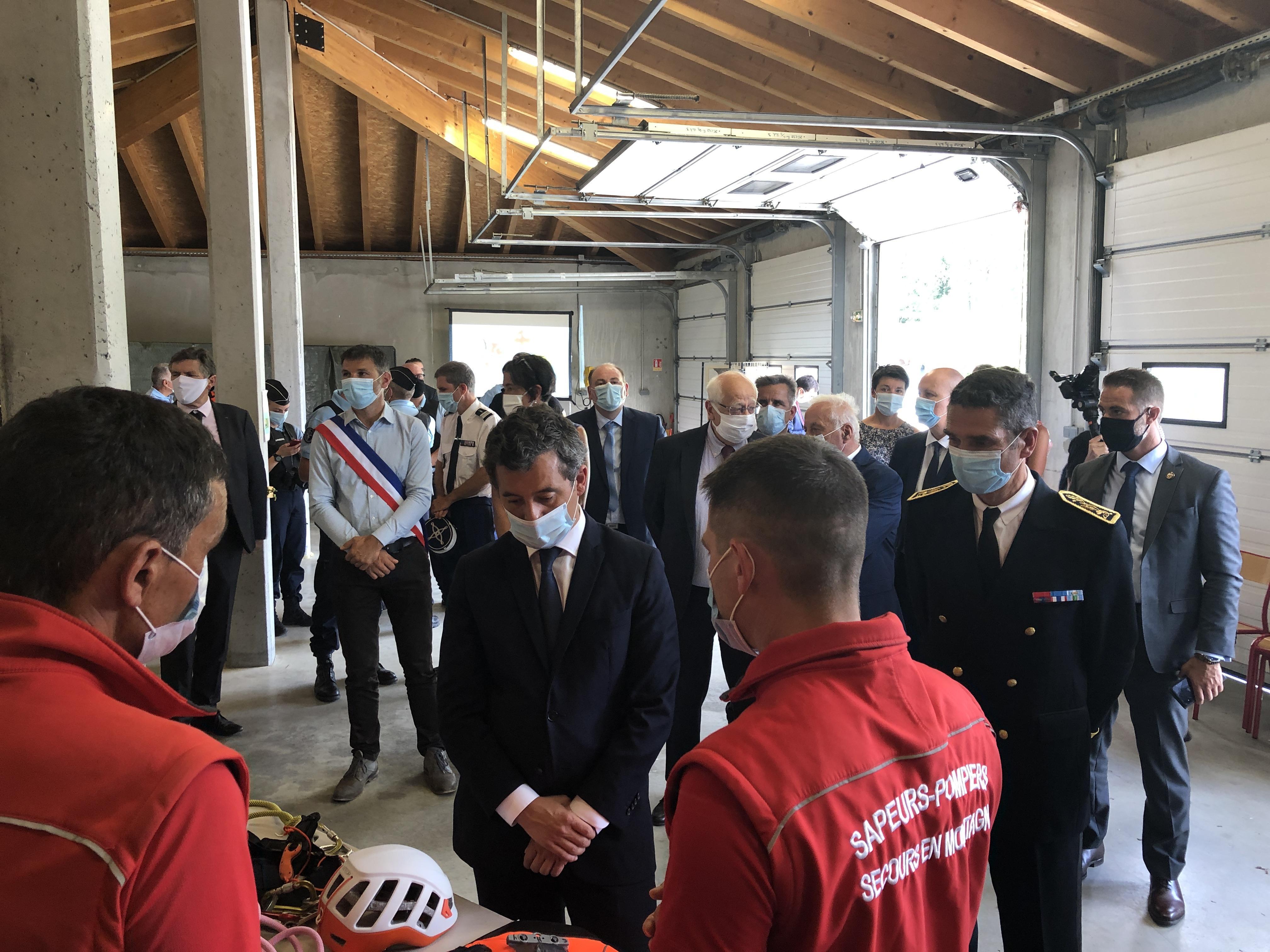 Bourg-Saint-Maurice: Gérald Darmanin s'est rendu au PGHM