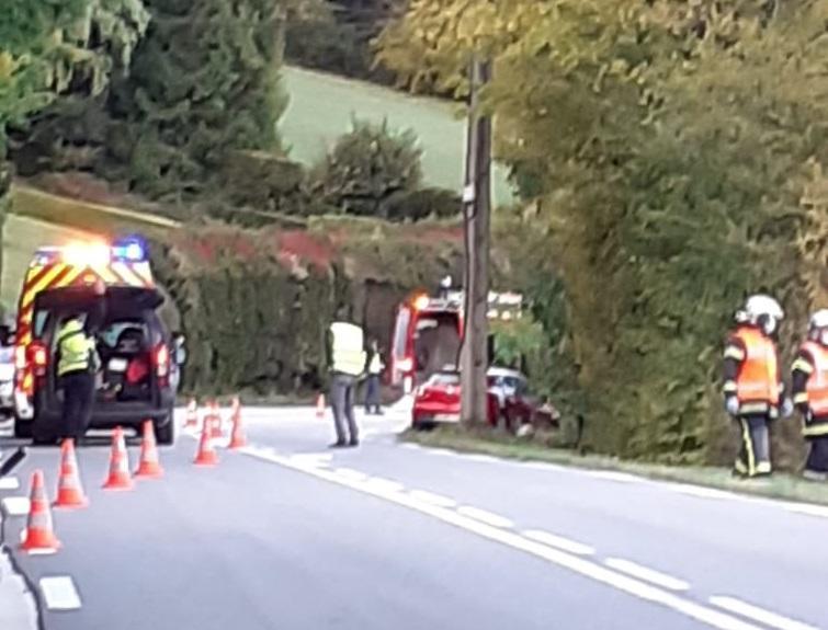 (PHOTOS) Gex : collision auto contre moto dans la route du col de la Faucille