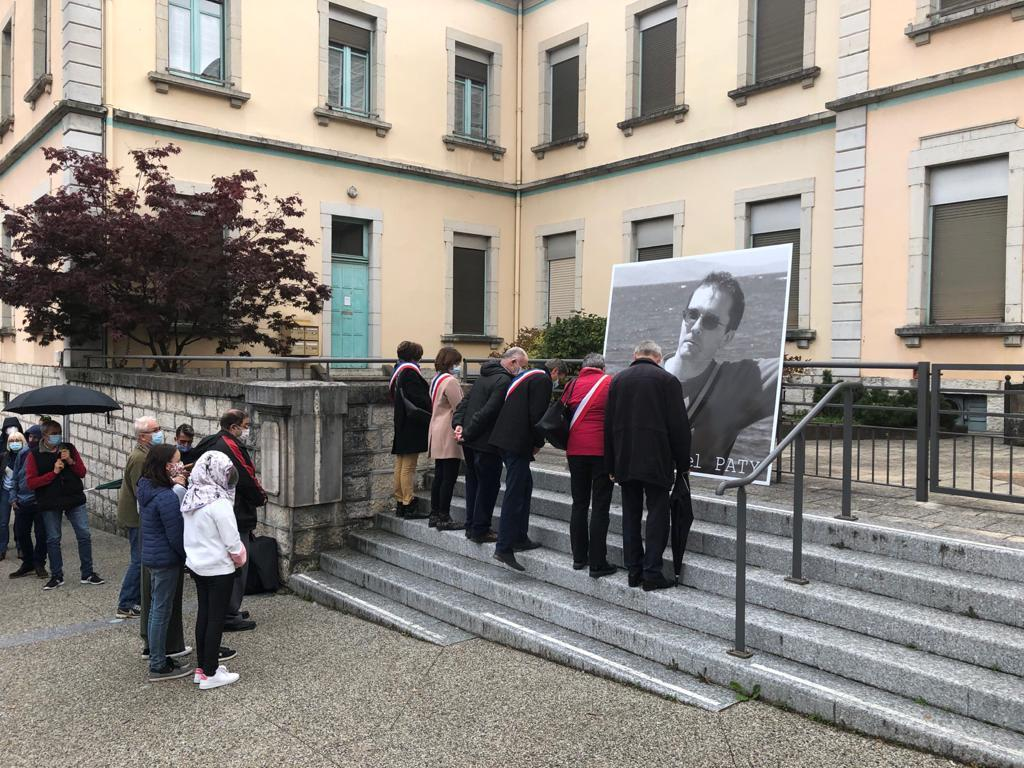 (PHOTOS &VIDEO) Bellegarde rend hommage à Samuel Paty