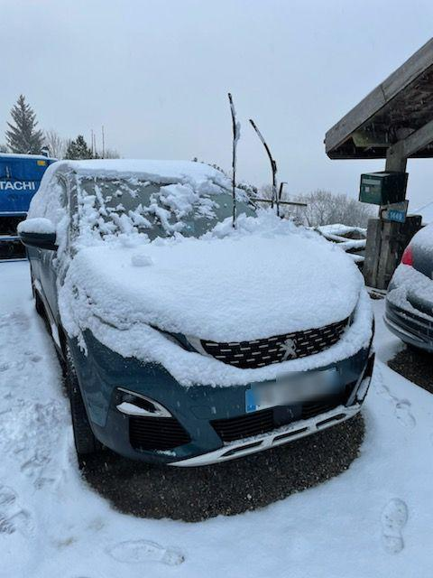 (VIDEO) Haute-Savoie : l'hiver arrive, la neige est déjà là