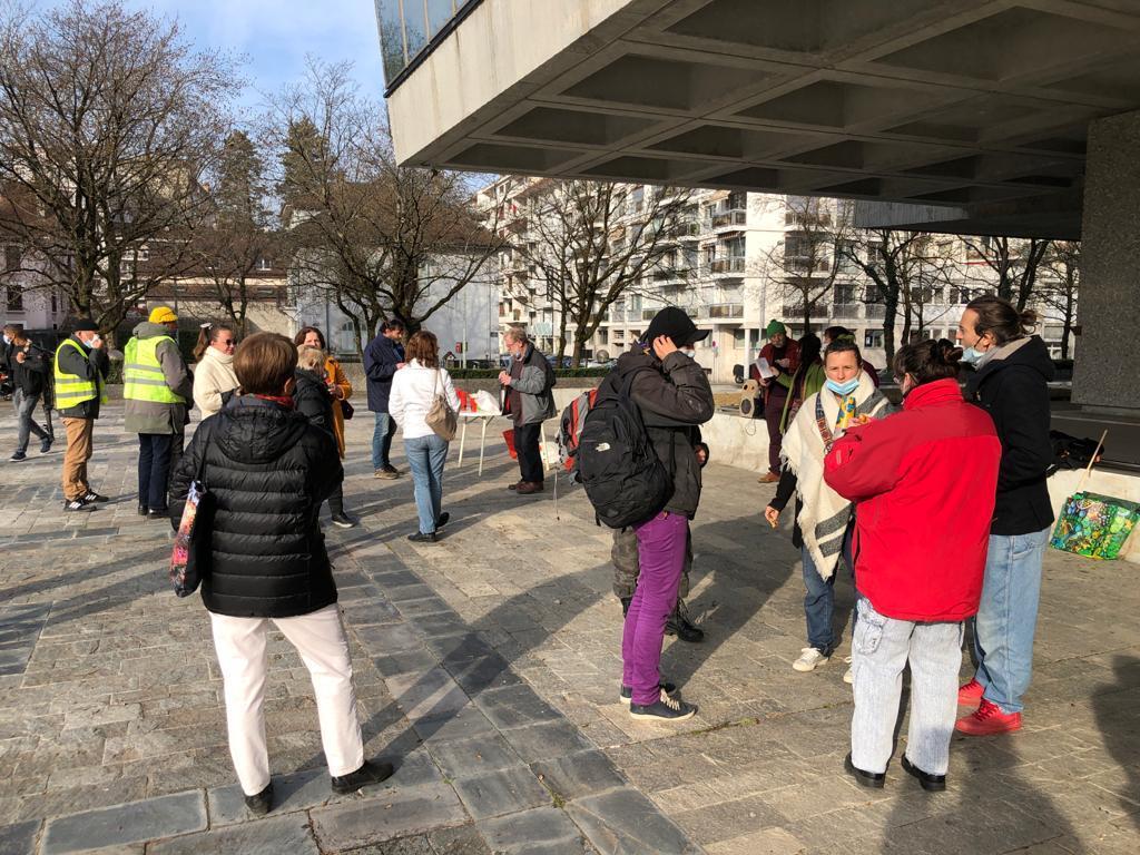 Manifestation à l'aéroport d'Annecy : le journaliste Gérard Fumex à la barre du tribunal